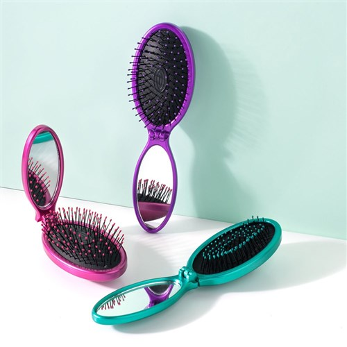 WetBrush Pop And Go Detangler Purple